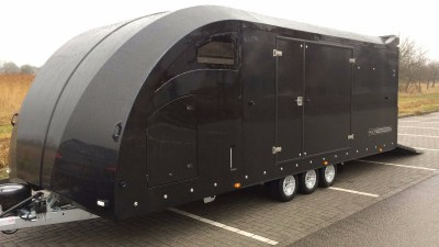 Race Transporter 6 Black Edition